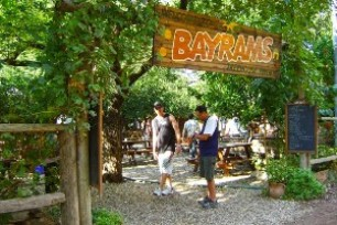 Bayrams Tree Houses Olympos